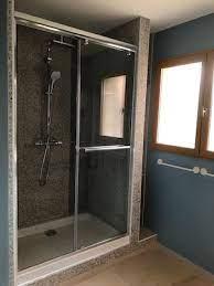 Pourquoi opter pour une douche avec un bac extra plat ?